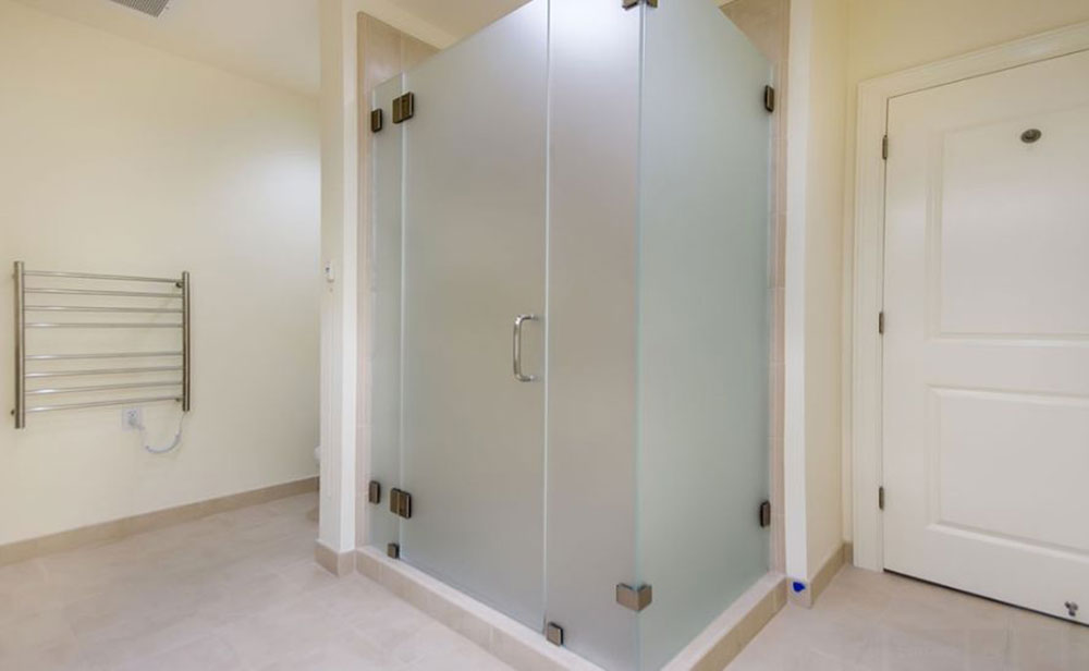 R&M Glass Shower Replacement Tewksbury Image 9