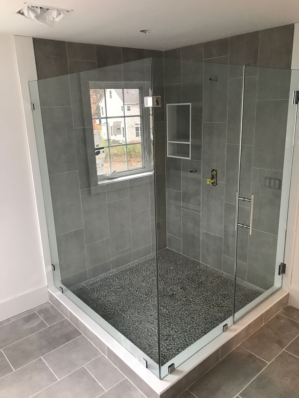 R&M Glass Shower Glass Boston Image 15